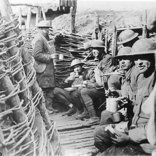Mealtime in the American trenches